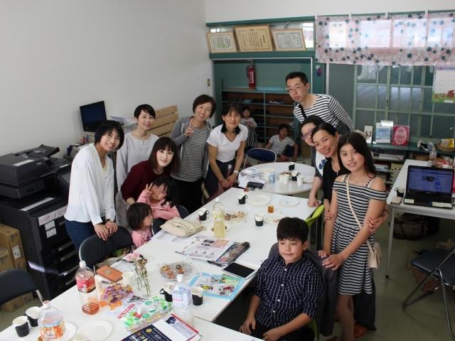 cafe_groupphoto